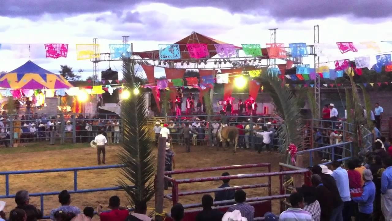 Santiago Apostol Ocotlan Oaxaca Jaripeo 2011 Youtube