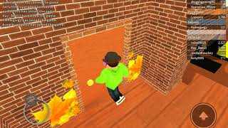 Back in Roblox *Work at a Pizza Place*
