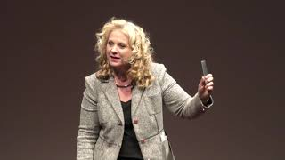 Reading Body Language  | Janine Driver | TEDxDeerPark