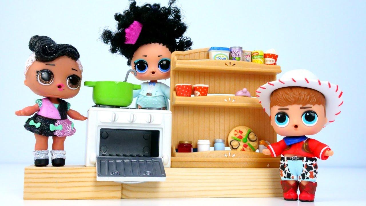 La cocina de las muñecas LOL. Los juguetes LOL Surprise. Vídeos para niñas