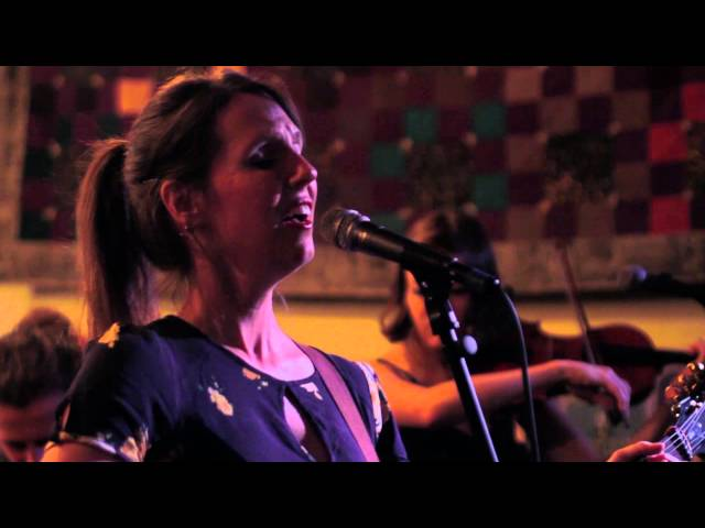 "Ali Sperry and The Family Vacation perform ""Always Been"" at The Family Wash"