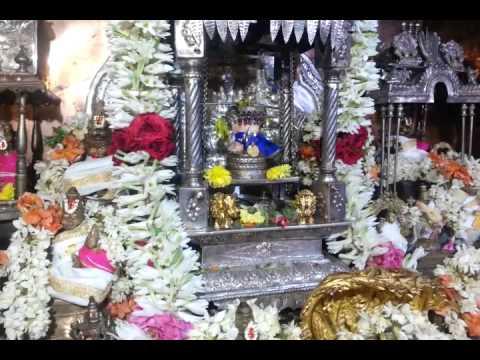 Sri Mukkur Lakshmi Narasimhachariyar Swamigal's - yagna moorthy - swinging happily on His own