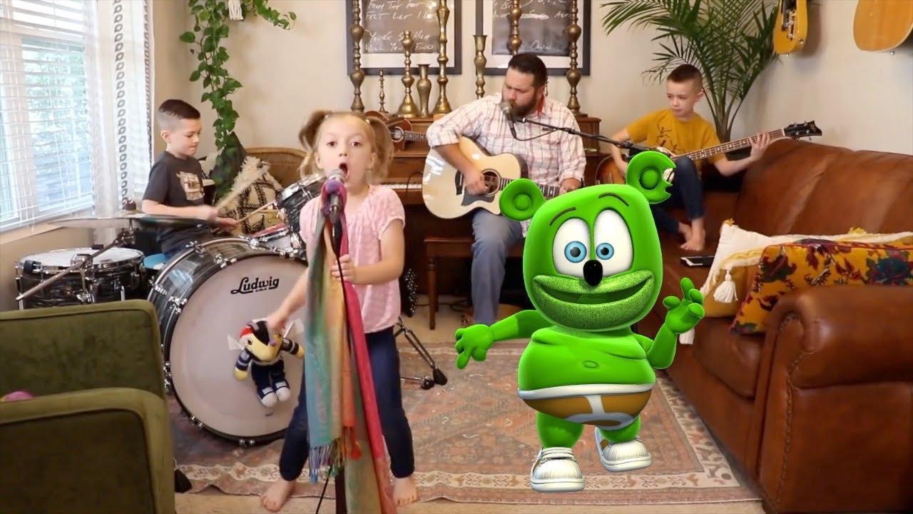 Gummibär Rocks Out With Colt Clark And The Quarantine Kids - Ob La Di Ob La Da