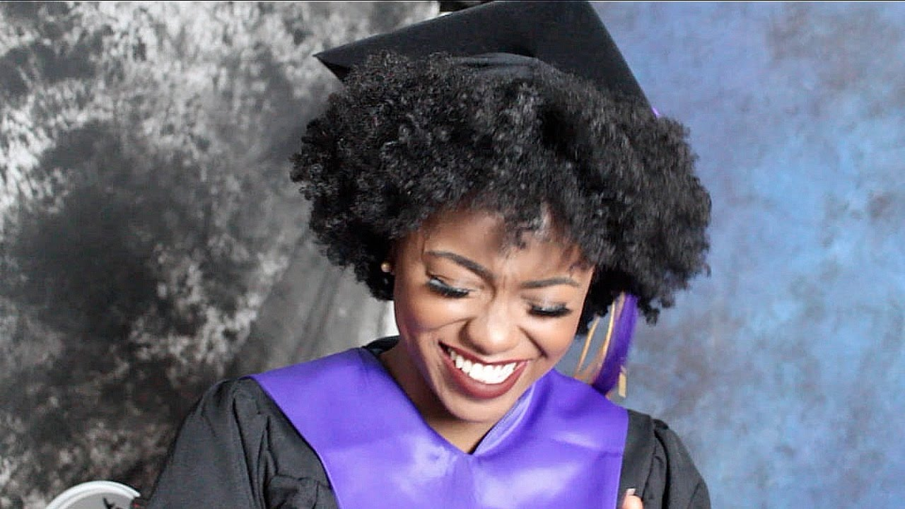 natural hair in college graduation