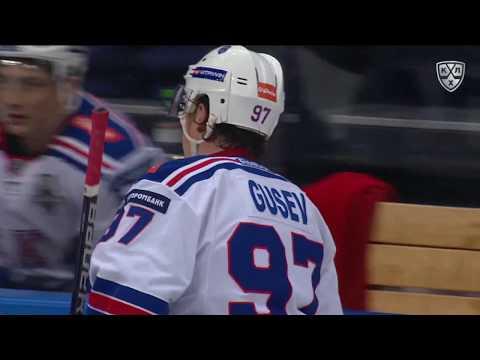 Гусев открывает счет в шестом матче серии