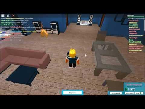 Plaza Beta Roblox How To Customize Your Condo Bentec Roblox The Plaza Beta Youtube