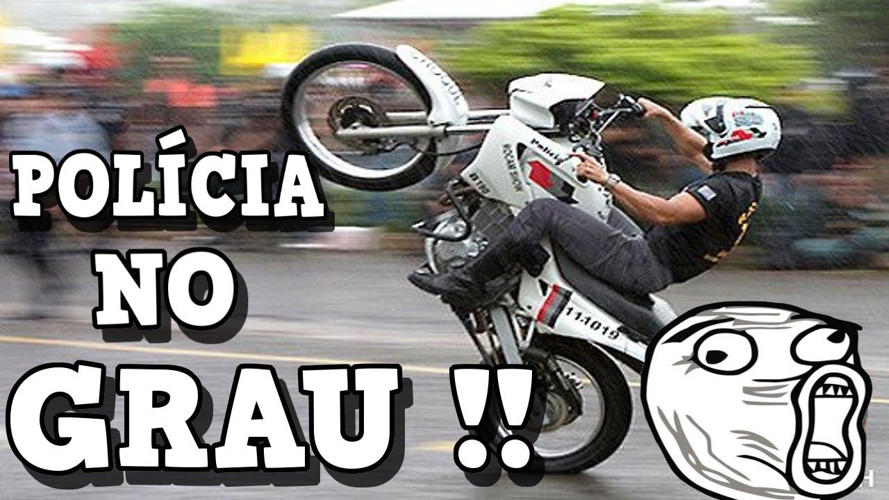 c2a3790d3f2 FABINHO DA HORNET - POLICIA DANDO UM GRAU DE MOTO NO MEIO DA RUA EM EVENTO  DE MOTO - YouTube