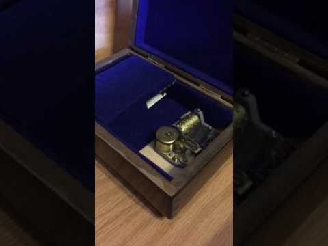 Unchained Melody Reuge 18 Note Music Box