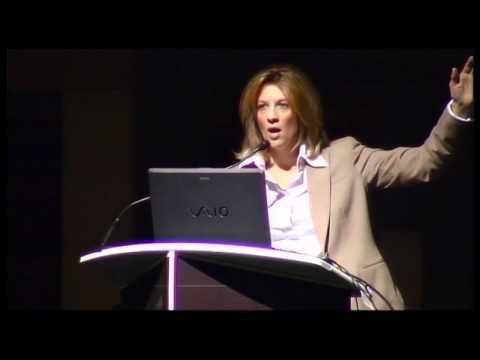 Summit MMT - Stephanie Kelton: Finanza Funzionale, moneta sovrana e piena occupazione [8/18 ITA]