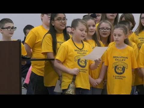 Mountain Valley Elementary School held its grand opening
