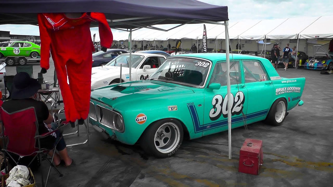 Hampton Downs Porsche Festival Historic Sports Sedans With