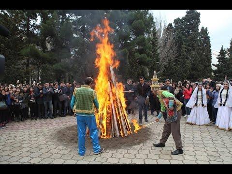 Азербайджан Баку,празднуют Новруз