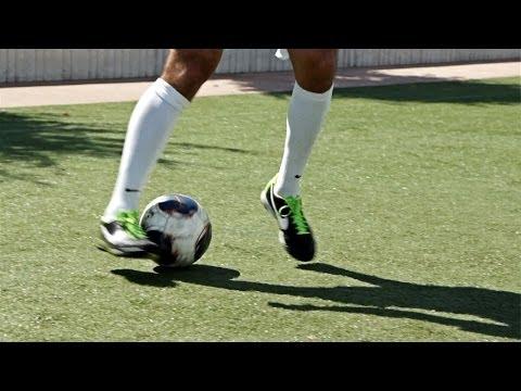 How To Do The Ronaldo Chop | Soccer Skills