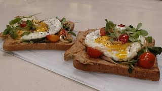 Peanut Butter Toast With Fried Egg | Simple Recipes | Sanjeev Kapoor Khazana