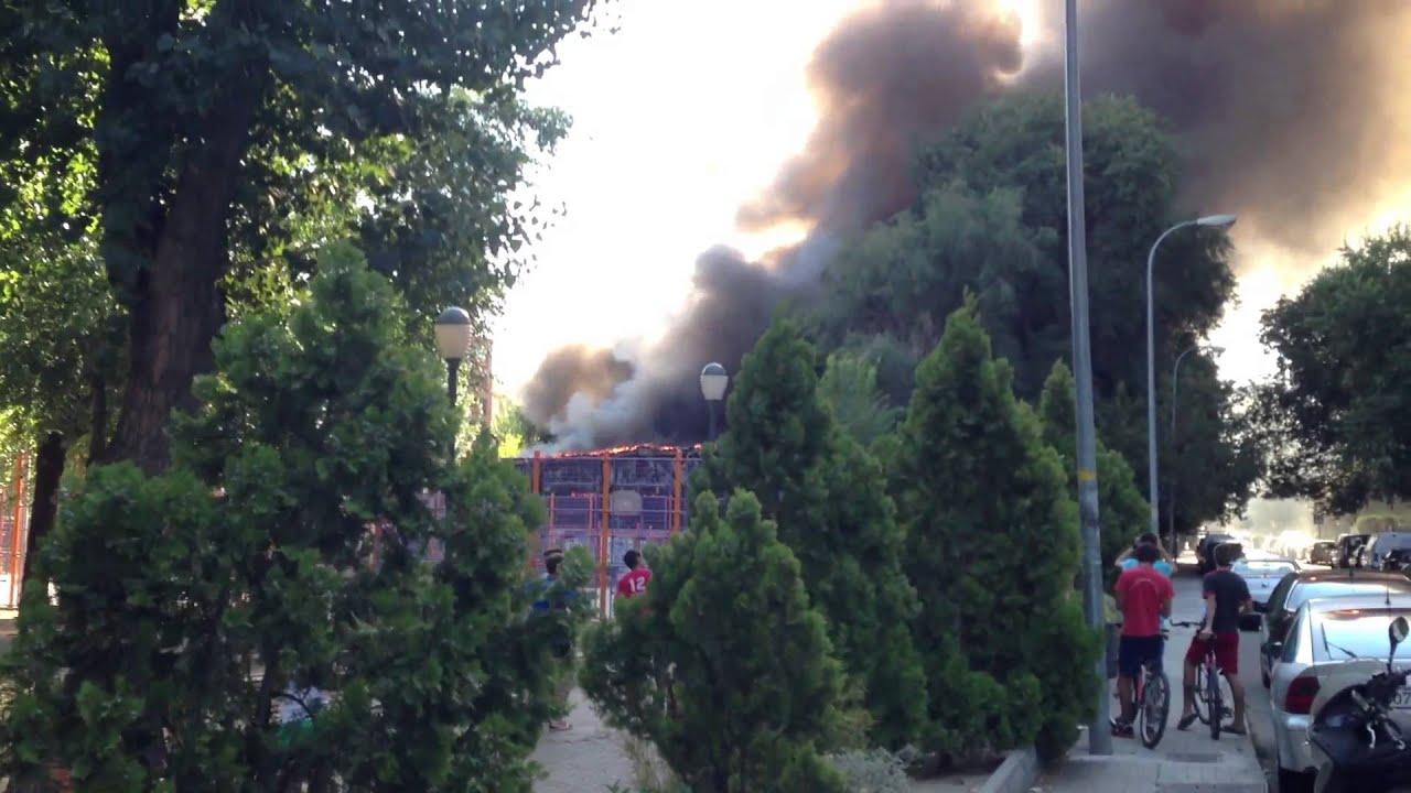 Incendio piscina municipal de coslada madrid youtube for Piscina municipal coslada