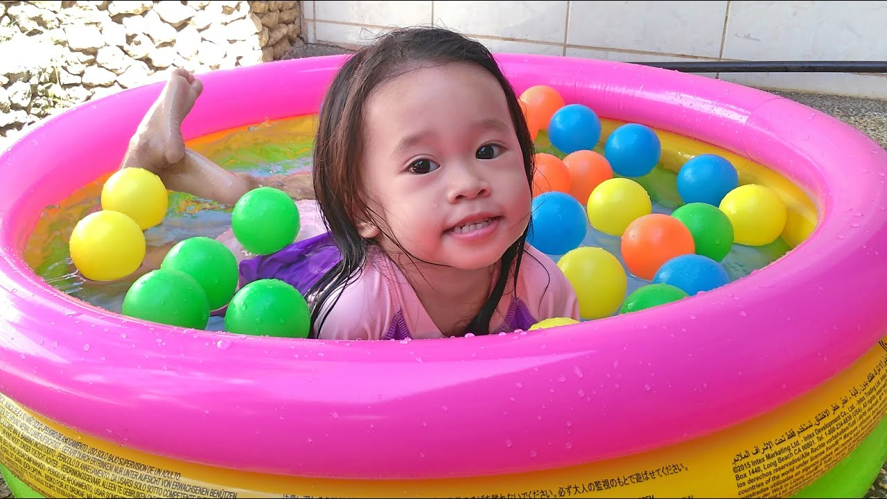 Intex Outdoor Inflatable Swimming Pool For Kids