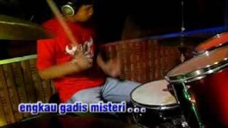 THOMAS ARYA - GADIS MISTERI