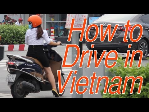 How to Drive in Vietnam: Tips on Driving a Motorbike