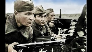Советский солдат в бою.. Рэмбо отдыхает