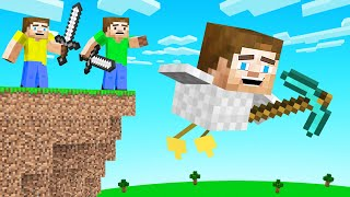 HUNTERS vs MORPH SPEEDRUNNER! (Minecraft)