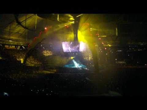 U2 HD 1080p - Even Better Than The Real Thing / Intro - 360 Tour La Plata Argentina 30.mar.2011