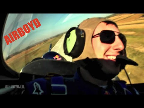 Kirby Chambliss - University of Nebraska at Omaha Aviation School (2011)