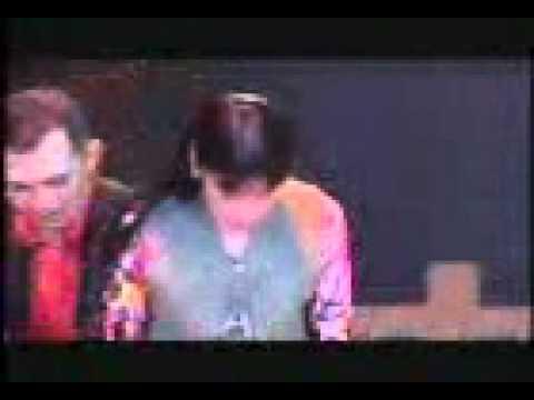 HoaiLinh KungFu clip5.3gp