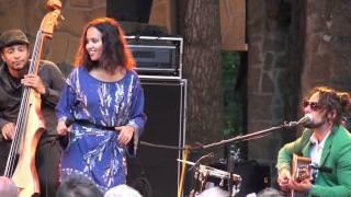 Mayra Andrade - Turbulénsa - Live in Holland (12/12)
