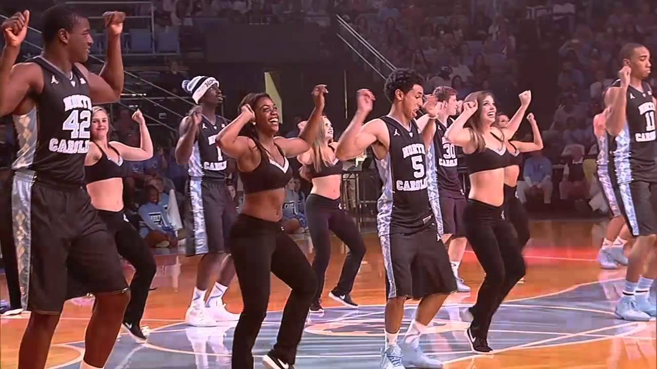 competitive price e0e81 ad000 UNC Basketball: Final Team Dance in Black Jerseys at Late Night