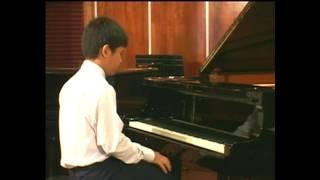 Trường Dạy Nhạc Hải Âu: Anh Du biểu diễn Piano