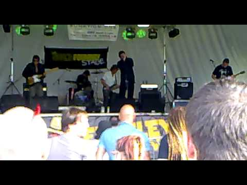 The Pockets live @ Keresley rock fest 2010