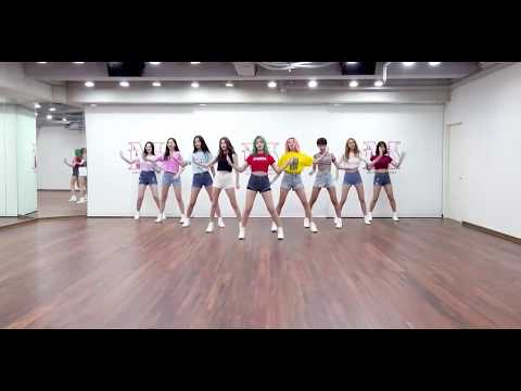 [Dance Practice] MOMOLAND (모모랜드) - BAAM (배엠)