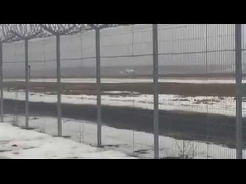 Lidmašīna saslīd uz lidostas Rīga skrejceļa 17.02.2017.