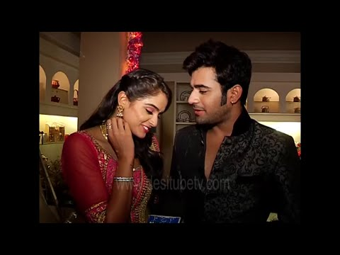 BADTAMEEZ DIL- Lovebirds Abeer & Meher Flirt With Each Other - Watch Latest Video- 6 September