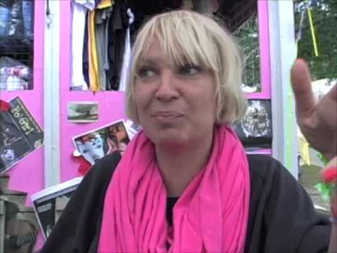 Sia Furler Interview, 2009
