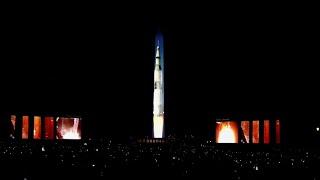 50 anni allunaggio, l'obelisco diventa un razzo: a Washington decolla di nuovo l'Apollo 11