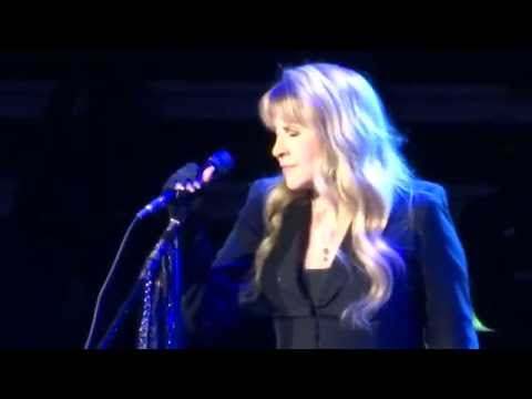 Dreams - Fleetwood Mac Vancouver, BC April 4, 2015