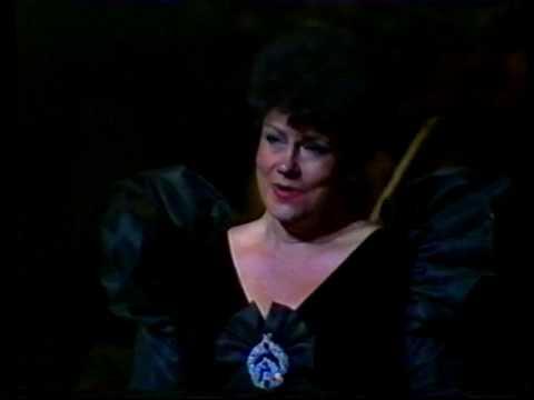 """Mimi Coertse singing Vilja from """"Die Lustige Witwe"""""""