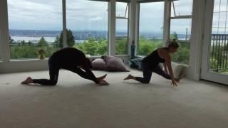 Yoga para Rejuvenecer la Columna con Sandra Cano y Guillermo Ferrara