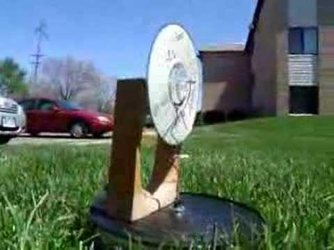 Concentrateur solaire parabolique cologique doovi for Miroir solaire parabolique