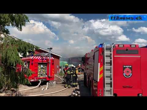 Omfattende gårdbrand ved Vemmelev