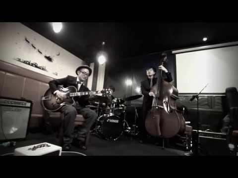 Jazz Guitar Trio, One Mint Julep, Barney Kessel, ASABA TRIO