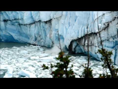 Perito Moreno Glacier (Iceberg flipping & some small parts colapse)