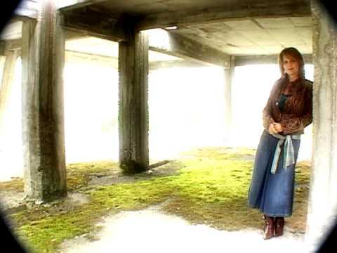 Claudia Azgur Eu un cantec port