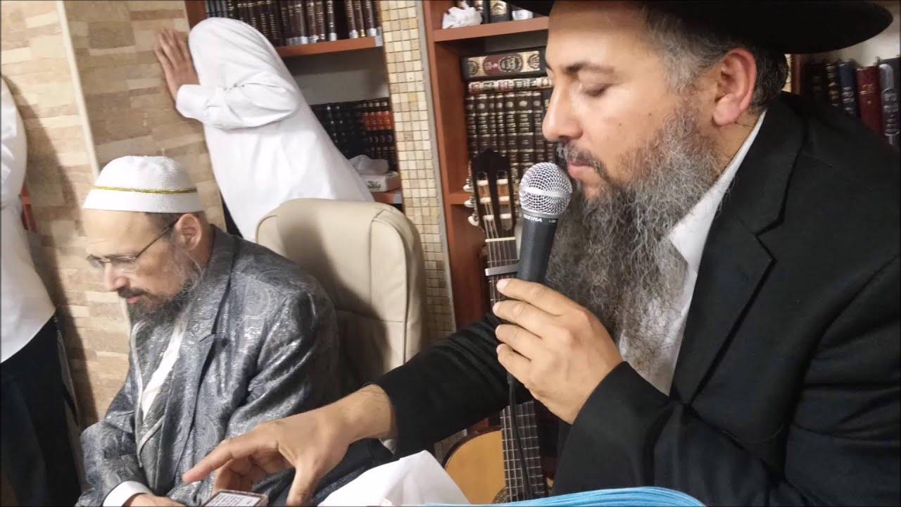 """הרב רונן חזיזה בשיר חדש  """"אבא יקר פתח לי שער"""" חובה צפיה!!!"""