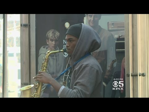 San Francisco Police Seize Street Musicians' Instruments