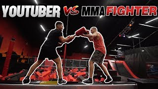 TRAMPOLIN CHALLENGE - YOUTUBER vs. MMA FIGHTER l Yavi TV