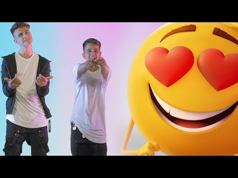 Emoji (The Movie) - Adexe & Nau (Official Videoclip)
