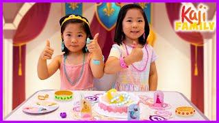 Emma and Kate Play Pretty Pretty Princess Board Game!