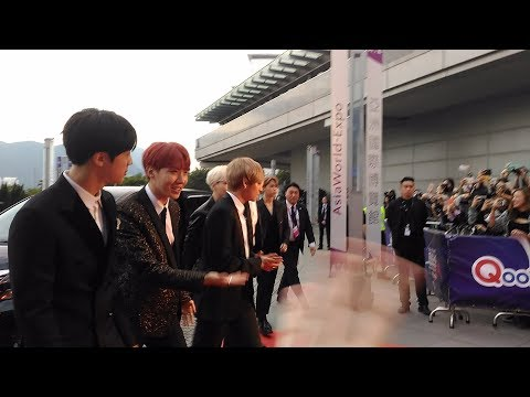 [2017 MAMA in Hong Kong] Outdoor Red Carpet with BTS